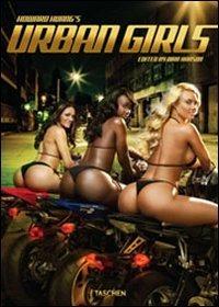 Image of (NUOVO o USATO) Howard Huang's urban girls. Ediz. italiana, spagno..